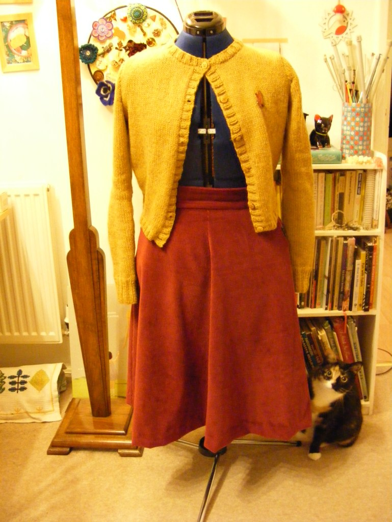 Hollyburn skirt and hedda in mustard